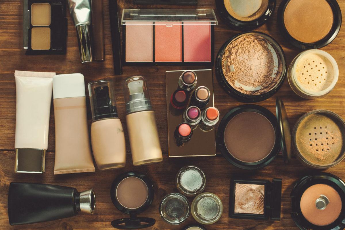 Top Cosmetic Manufacturers in Delhi