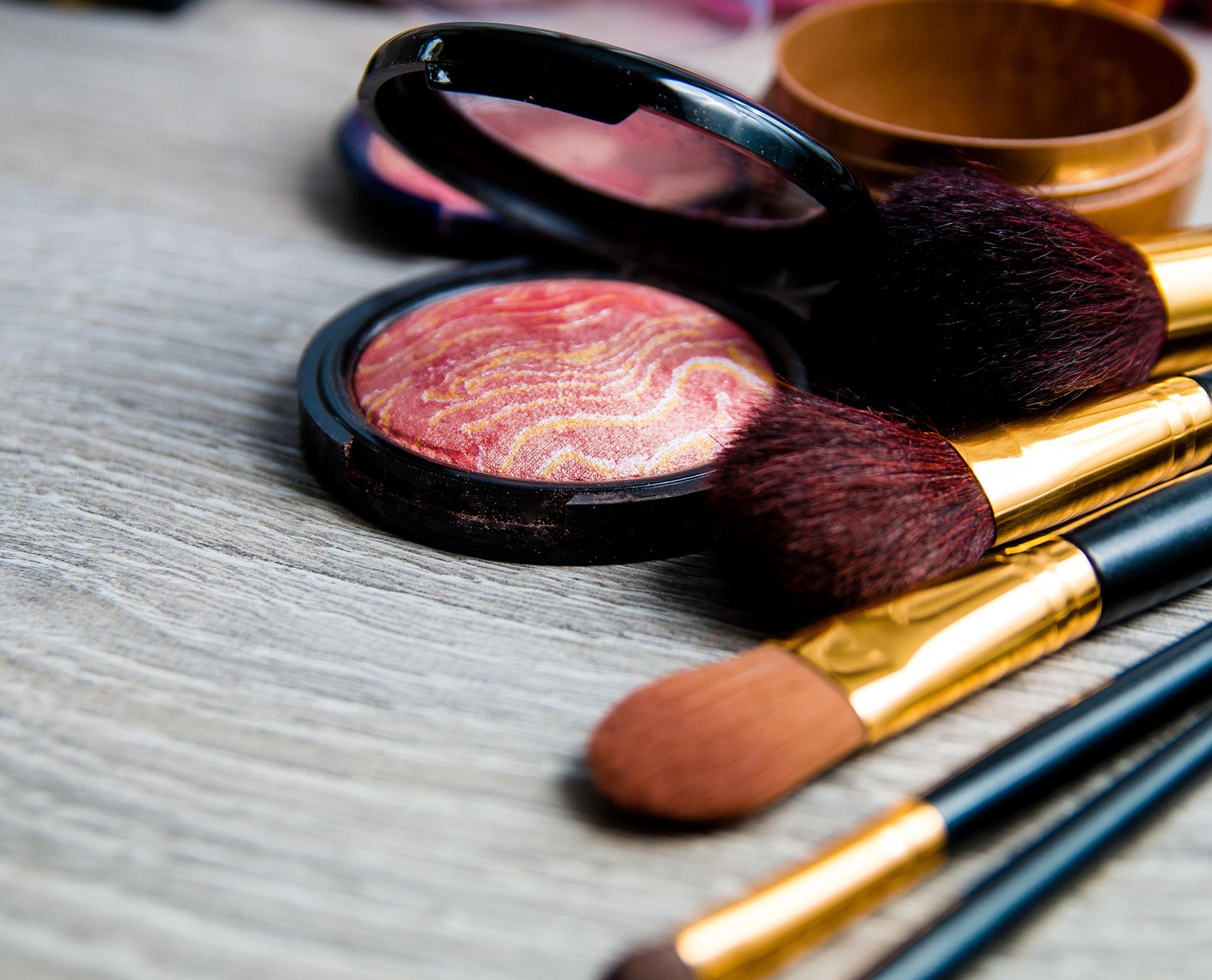 Top Cosmetic Manufacturers in Kolkata